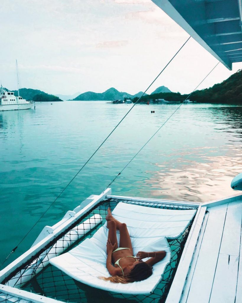 Feeling Tired? It's Time for A Trip with Komodo Liveaboard